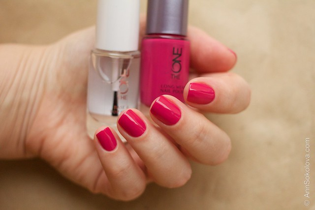 18 Oriflame The One Fuchsia with Oriflame The One Base & Top Coat