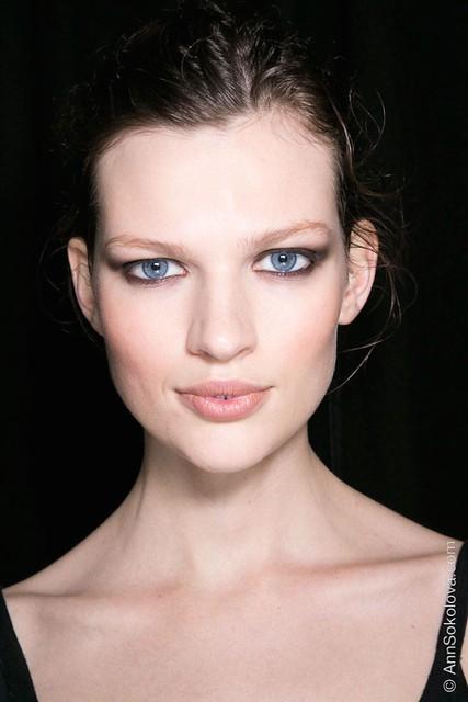 hbz makeup trends fw2014 heavy liner 06 Cavalli bks