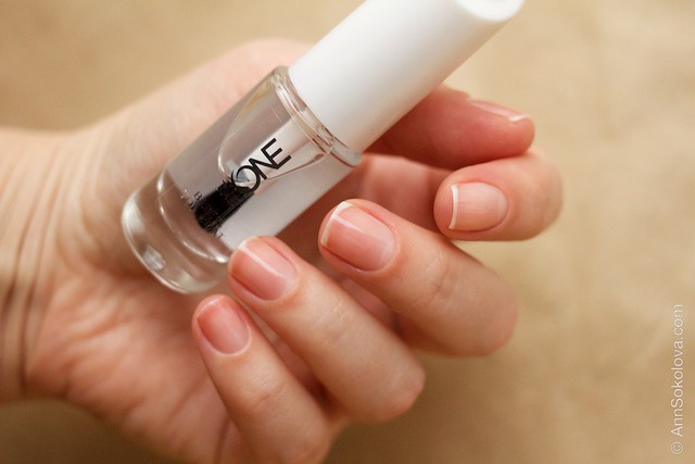 10 Oriflame The One Base & Top Coat