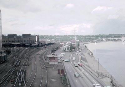 Looking east at SPUD from the Robert Street Bridge