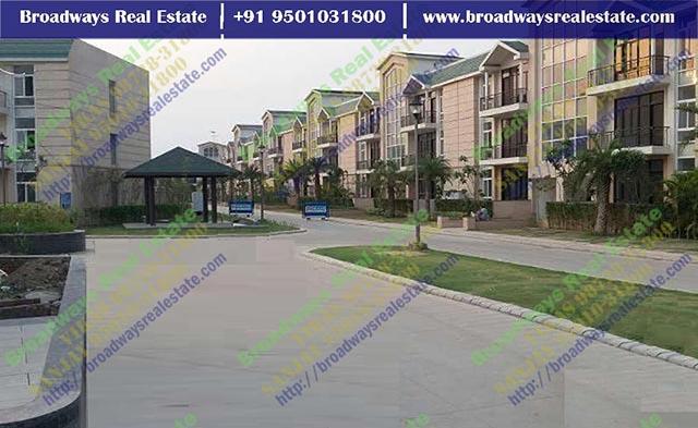 omaxe the resort mullanpur price