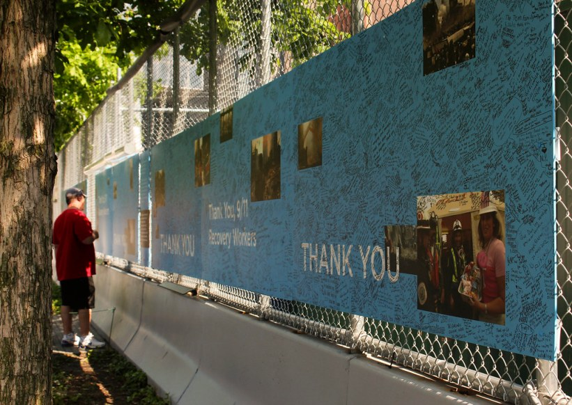 mindesvæg ved 9/11 memorial