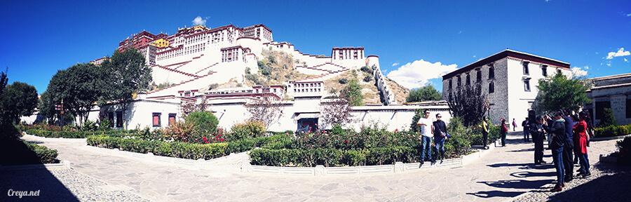 2015.12.04  Tibet 西藏踢北去   藏人的精神殿堂布達拉宮,但或許不只我們高山反應沒精神… 02.jpg