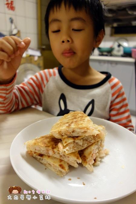 《團購美食》良品嚴選計畫.皇宮月亮蝦餅~料多味美,餐廳吃不到的多種口味:原味,青醬,夏威夷,起司 ...