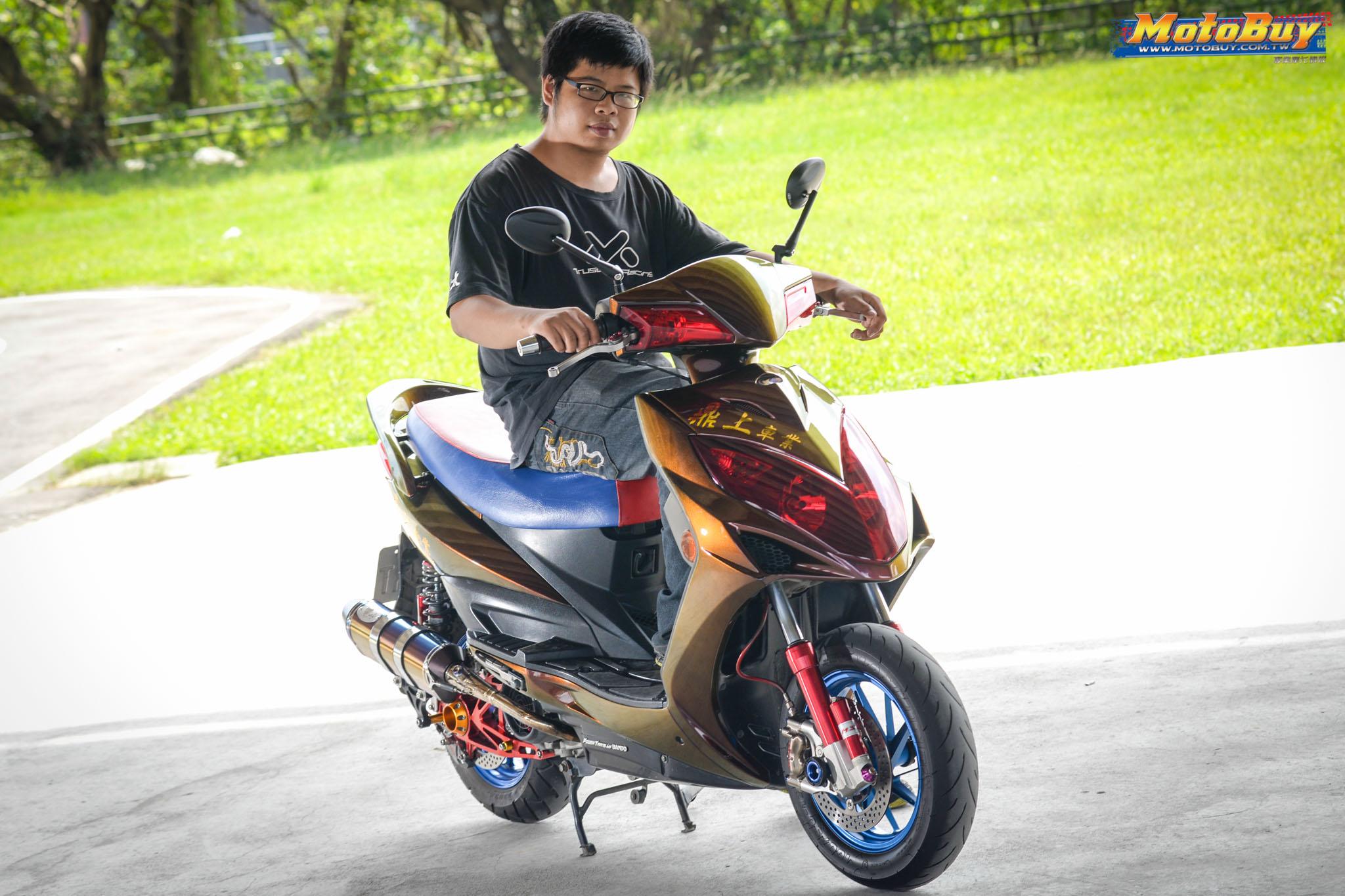 [夯車分享] 幻彩雷霆 KYMCO RACING 150   MotoBuy