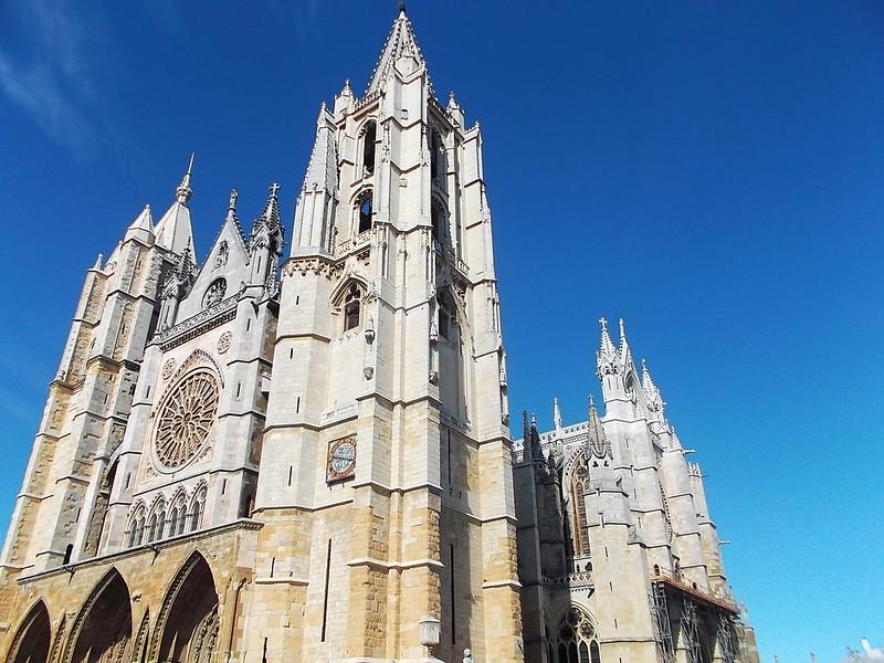 León Kathedrale l4l
