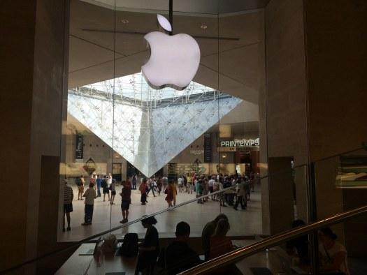 Apple Store Louvre (logo)
