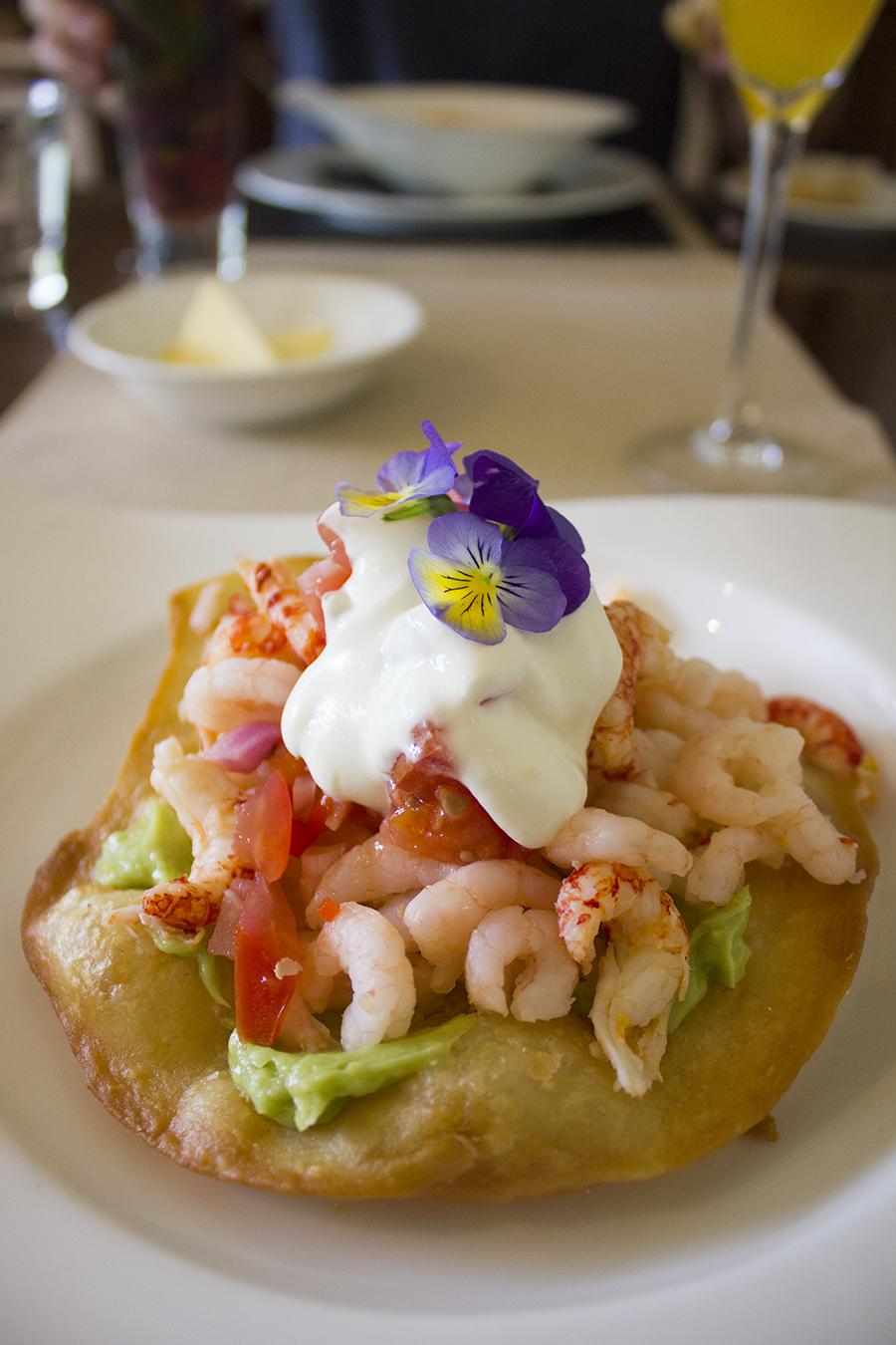 prawn-crayfish-starter-moddershall-oaks