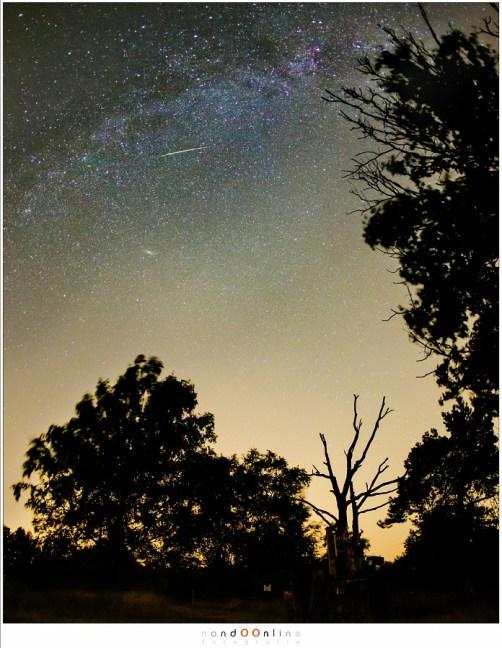 Een mooie omlijsting heeft fotografisch meerwaarde boven alleen een sterrenhemel