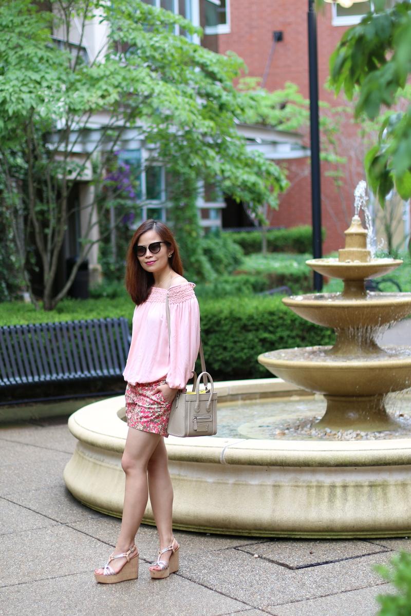 PInk-off-shoulder-top-floral-shorts-2