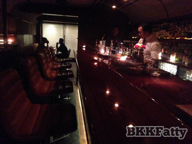 bar crawl bangkok-5
