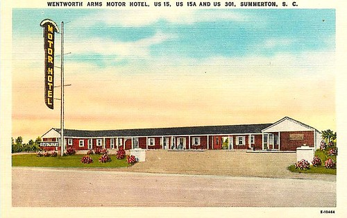 Wentworth Arms Motor Hotel Summerton front