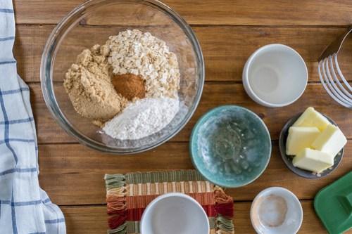 preparing the cinnamon-oat crumble