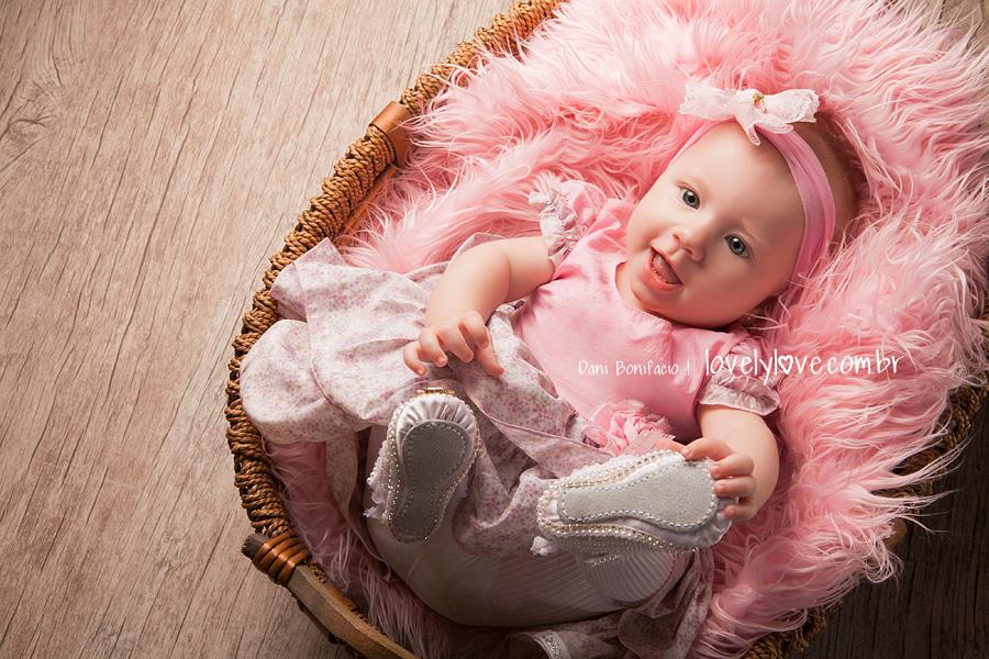 danibonifacio-lovelylove-fotografia-fotografa-foto-bebe-nenem-infantil-baby-acompanhamentomensal-newborn-criança-balneariocamboriu-itajai-itapema-brusque-blumenau-gaspar-portobelo-bombinhas-florianopolis-ensaio-book-piçarras-navegantes-barravelha4