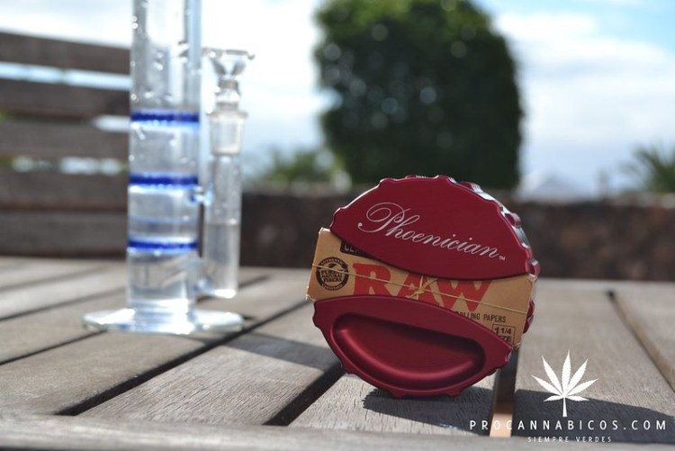 Review Phoenician Grinder (3)