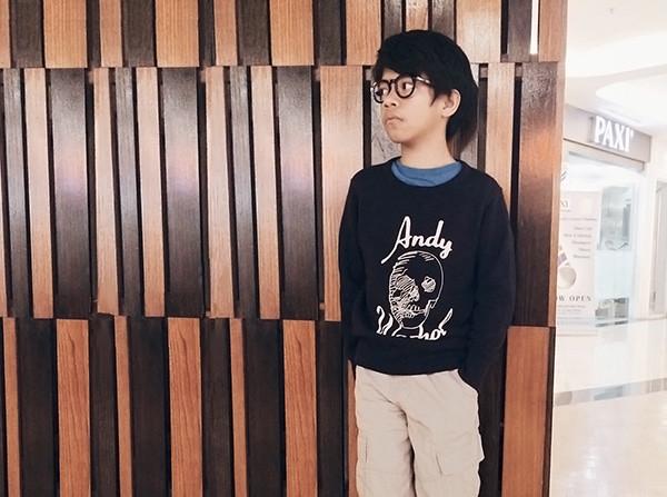 lhor- anipchan in glasses