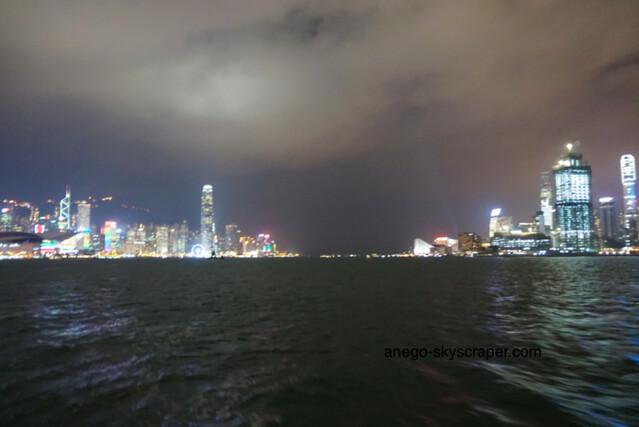 スターフェリークルーズ 香港島も九龍も