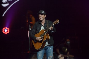 Granger Smith at Rogers Arena