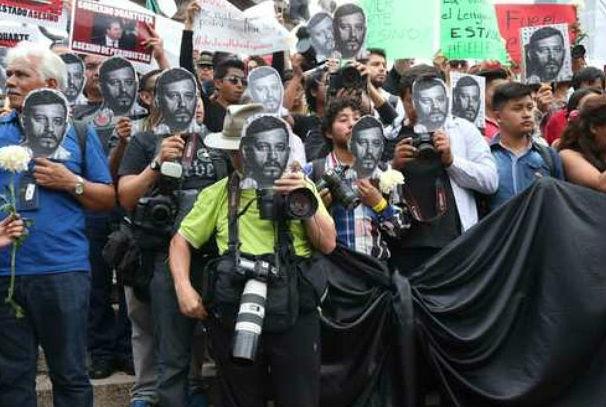 """Pide NYT a Peña """"pasos concretos"""" para proteger a periodistas"""
