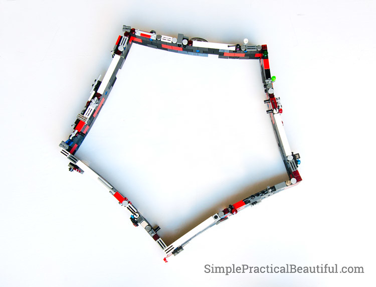 lego-pentagon