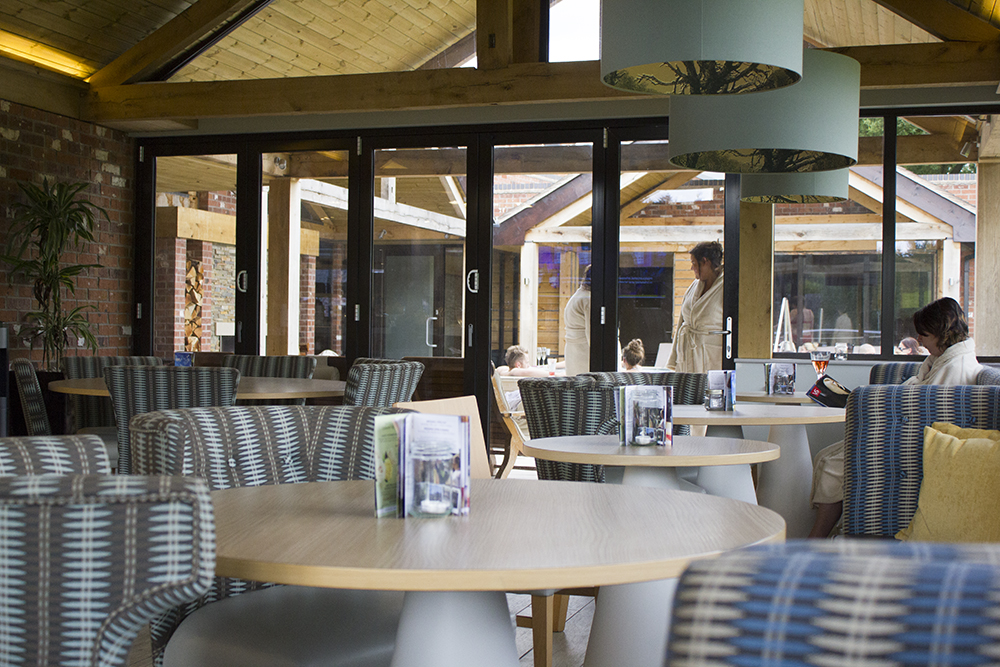 moddershall-oaks-spa-interior