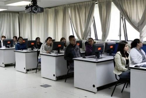 Despliegan a 200 agentes federales en Michoacán por evaluación docente