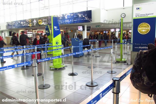 Counter de Sky Airline en SCL
