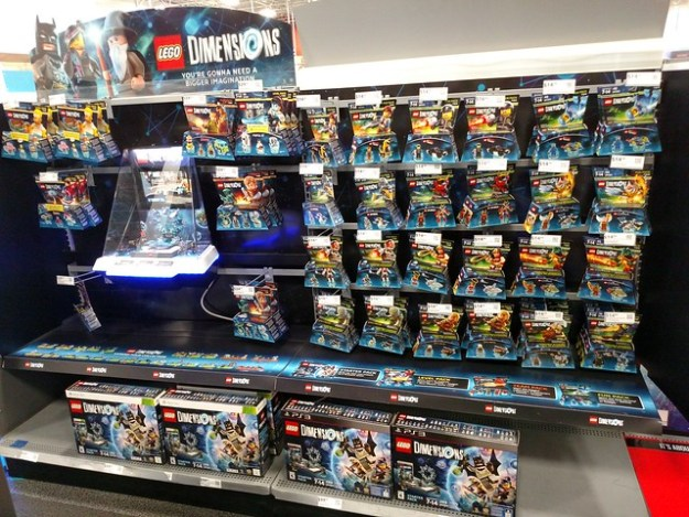 LEGO Dimensions available now! [News] | The Brothers Brick | The ...