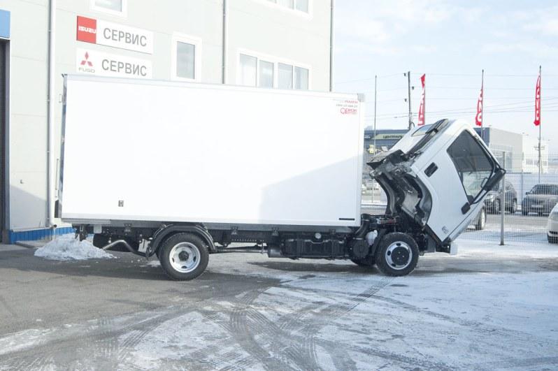 Изотермический фургон на шасси Isuzu Elf 3.5 long
