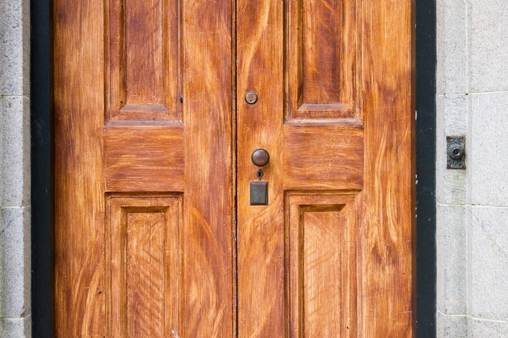 rockwood-mansion-park-door-doorbell