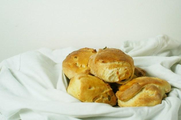 Jalapeno & Cheddar Bread