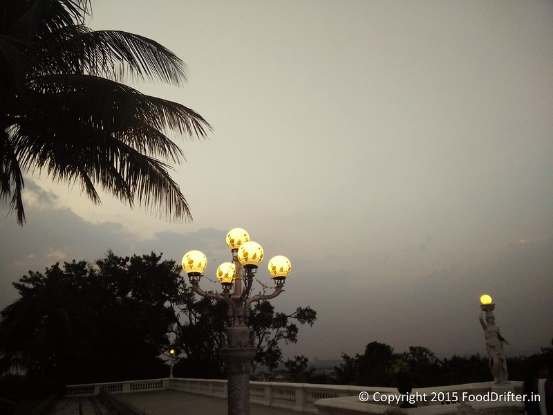 Taj Falaknuma Lawns In The Evening (4)