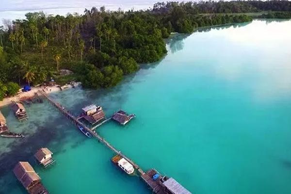 Pulau Widi 1