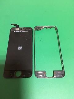 219_iPhone5のフロントパネル・コネクター破断