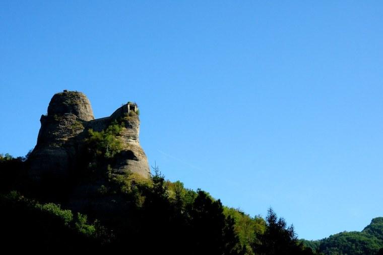 castello pietra 3
