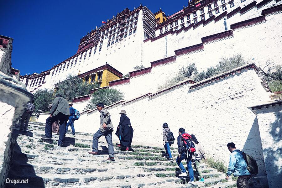 2015.12.04| Tibet 西藏踢北去 | 藏人的精神殿堂布達拉宮,但或許不只我們高山反應沒精神…07.jpg