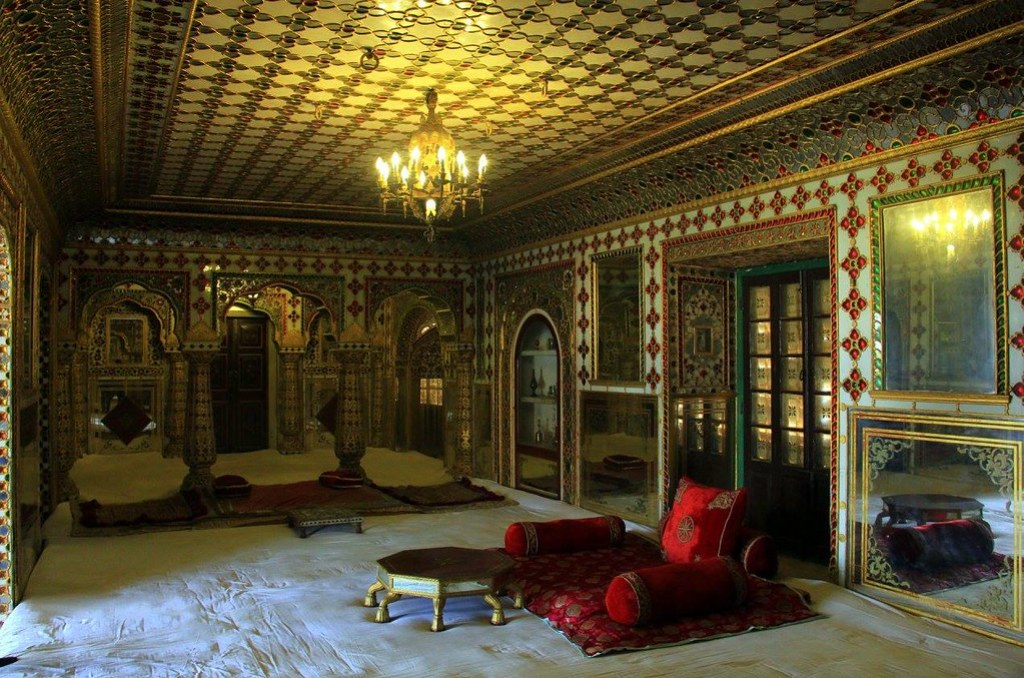 The hall of mirrors or chavvi niwas of city palace jaipur