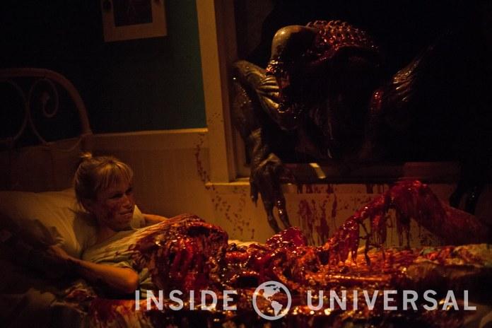 AVP: Alien versus Predator – Halloween Horror Nights 2015 at Universal Studios Hollywood