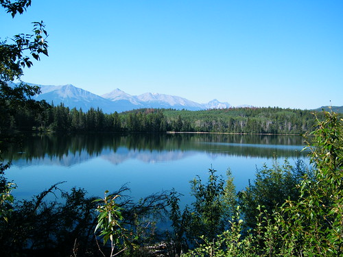 Pyramid Lake in Jasper
