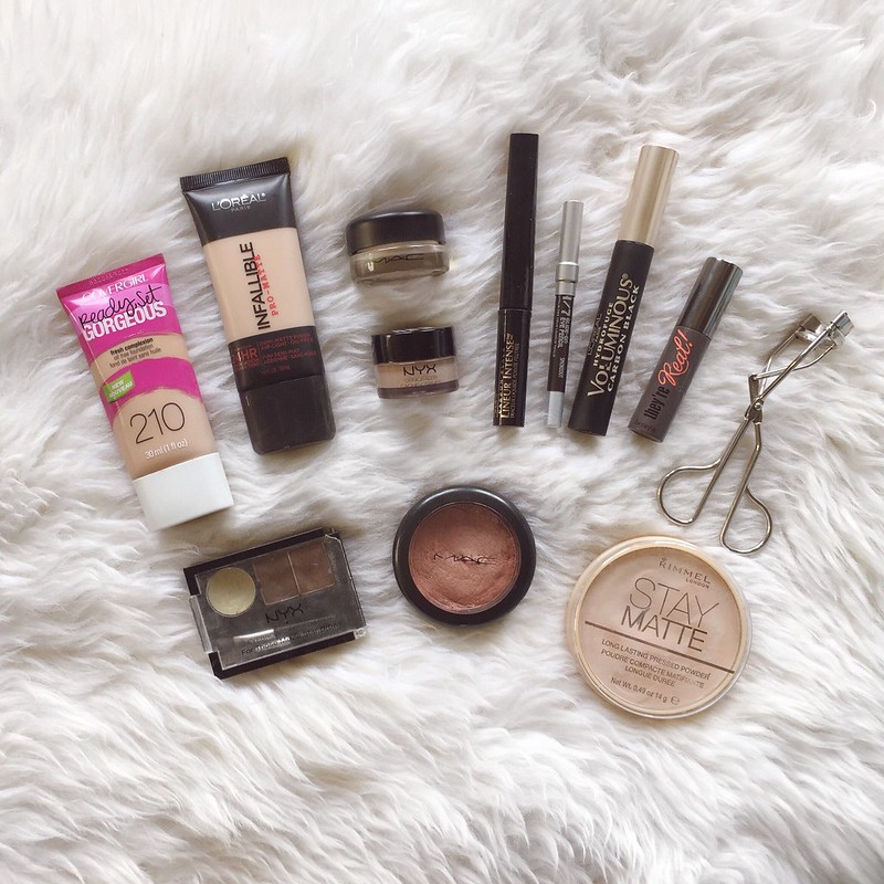 what's in my makeup bag beauty reviews