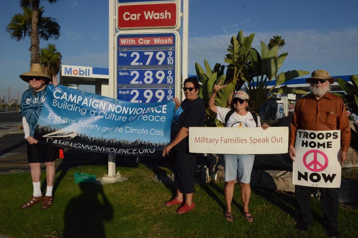Long Beach,CA Peace Vigil CNV 2016 (4)