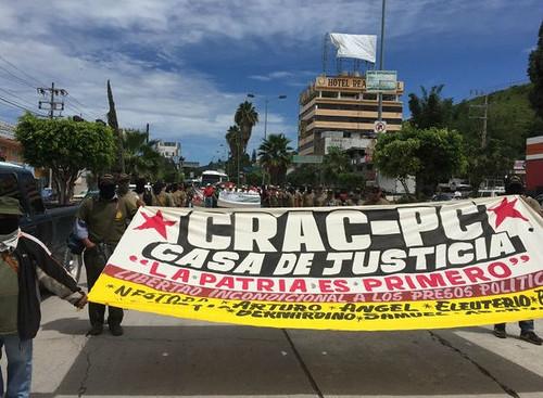 Marchan en Guerrero a dos años de la detención de Nestora Salgado