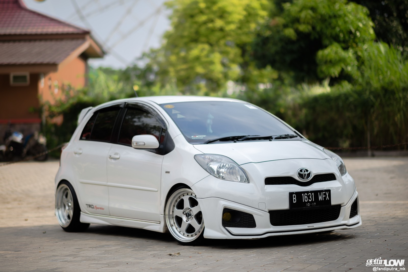 toyota yaris trd modif warna terlaris grand new avanza gettinlow modifikasi simpel 2012 milik
