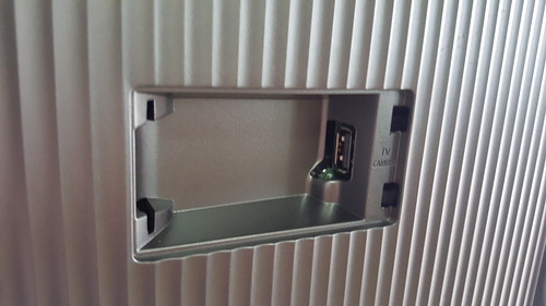 มีพอร์ตสำหรับ TV camera ด้วย เผื่อใครอยากใช้ฟีเจอร์ Motion Control