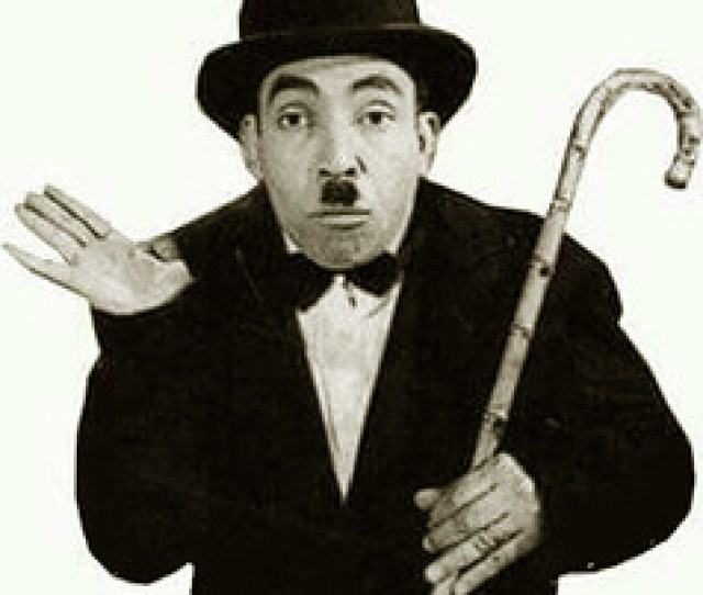 12985612_ Egyptian Comedian Actor Ismail Yassin