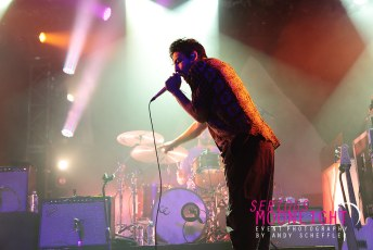 Young The Giant - Commodore - Oct 26 (51)