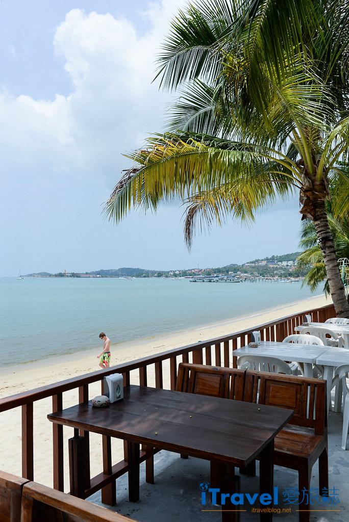 《苏美岛餐厅推荐》忠爹海鲜料理 Daetong Seafood Restaurant,沙滩海水连天一色