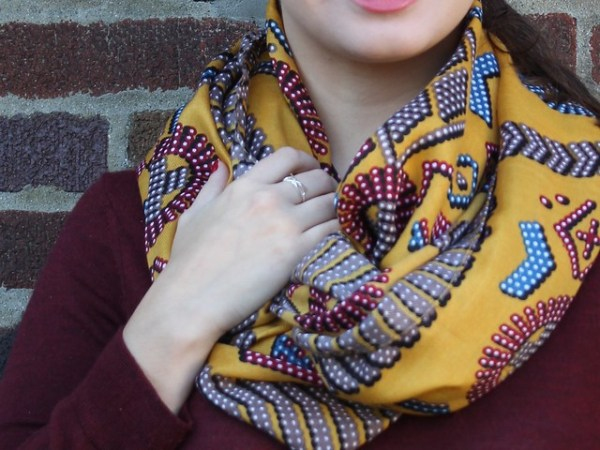 Mustard Scarf, Bow Ring