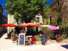 Oil Painting Workshop Provence organized by www.frenchescapade.com