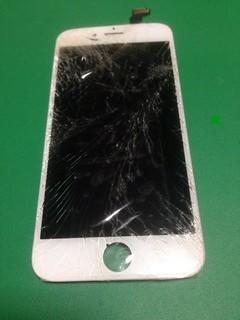 204_iPhone6のフロントパネル液晶割れ